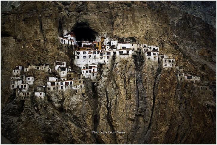 Phugtal Monastery by Txus Pérez