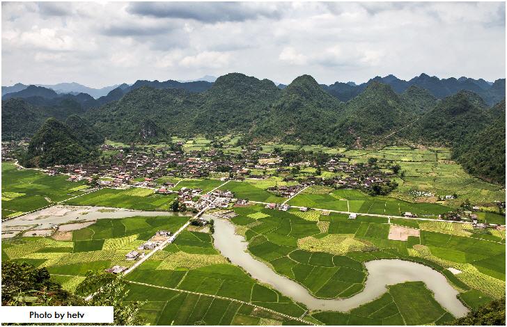 Bac Son (Bắc Sơn) Valley, Vietnam