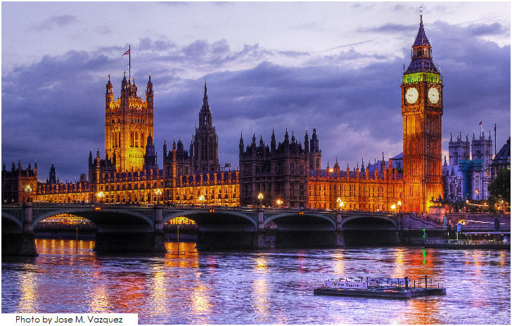 London, Palace of Westminster by night