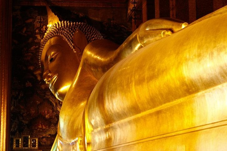 Wat Pho or Wat Phra Chetuphon (Temple of the Reclining Buddha), Bangkok