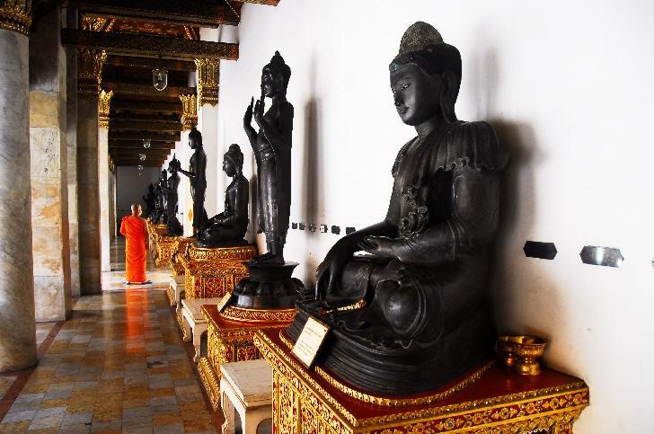 Wat Benchamabophit (The Marble Temple), Bangkok