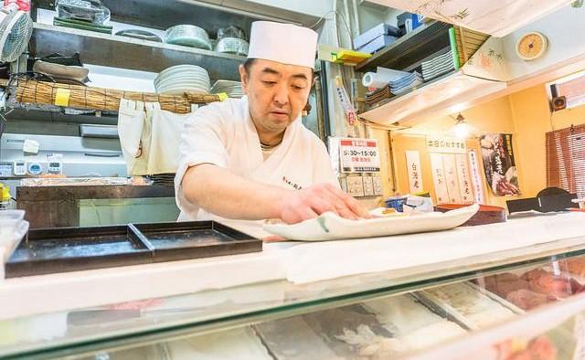 Sushi Master, Tsukiji Fish Market