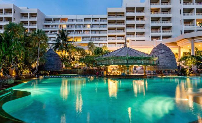 Moevenpick Villas & Spa Karon Beach Phuket, 509 Patak Road, Karon Beach, Phuket, 83100 Karon Beach, Thailand