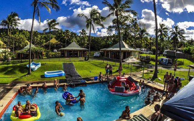Nomads Airlie Beach