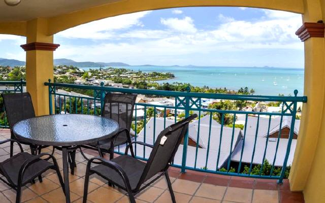 Toscana Village Resort, Airlie Beach