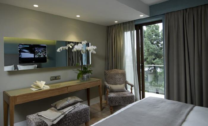 The Y Hotel, 3 Myconou Str., Kifissia, Athens, 14562, Greece