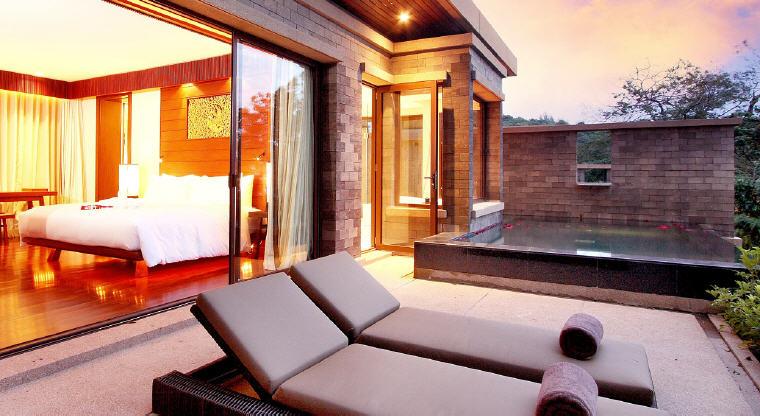 Aqua Pool Suite, Paresa Resort Phuket