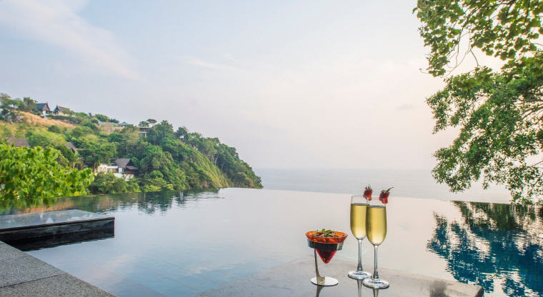 Cliff Pool Villa, Paresa Resort Phuket