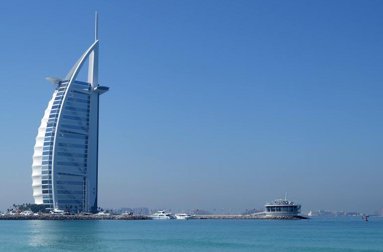 Burj Al Arab, Dubai, Best time to book hotels for Summer Travel