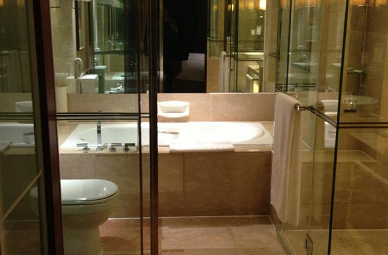 Superior Bathroom, Sofitel Nanjing Galaxy
