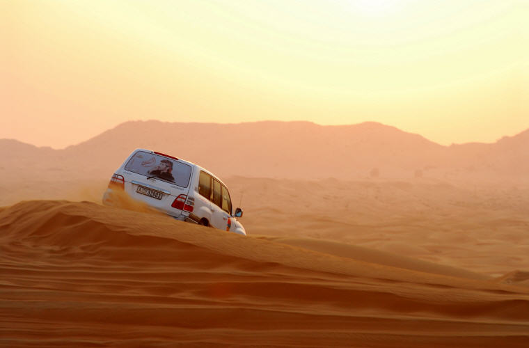 Desert Adventure, Dubai, United Arab Emirates, Photo credit: PublicDomainPictures