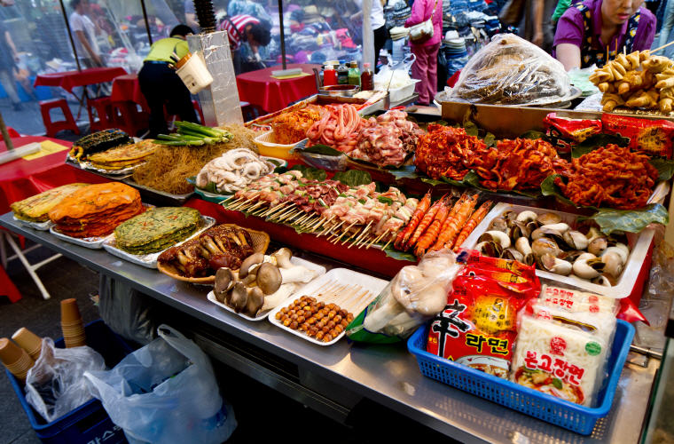 Street Food, Namdaemun Market, Seoul, Photo credit: tragrpx