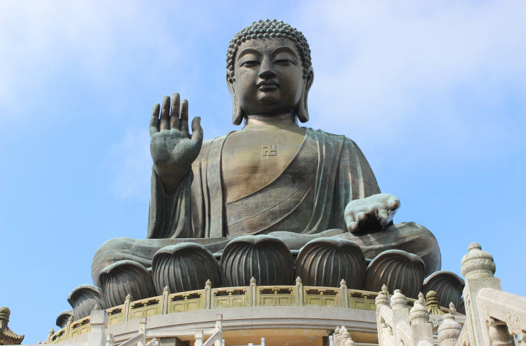 Tian Tan Buddha, Ngong Ping, Hong Kong, Photo credit: Henry Wang