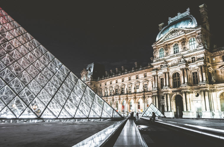 Musee du Louvre, Paris, France, Photo credit: Unsplash