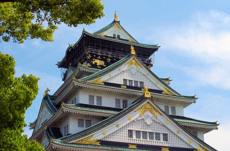Top Accommodations in Osaka, Japan, Photo credit: Sangyeon Yu