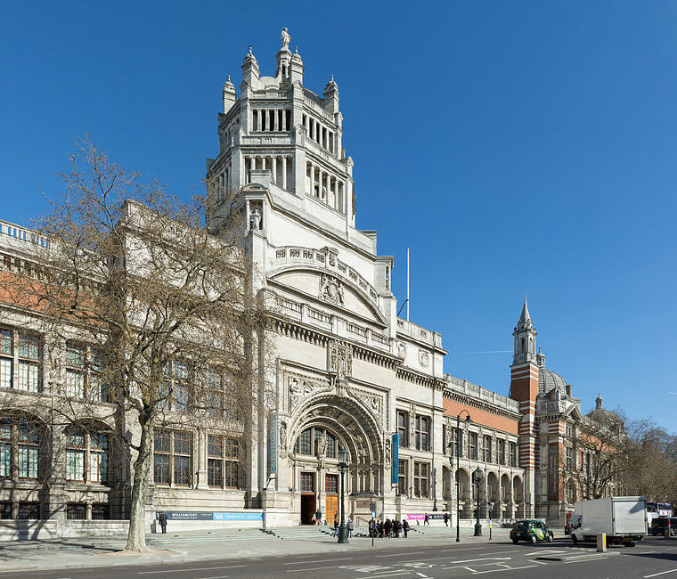 V&A - Victoria and Albert Museum, London, Photo credit: Diliff, Wikipedia