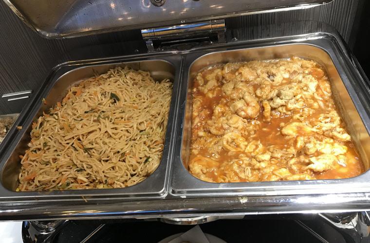 Vegetarian Fried Noodle, Sweet and Sour Shrimp