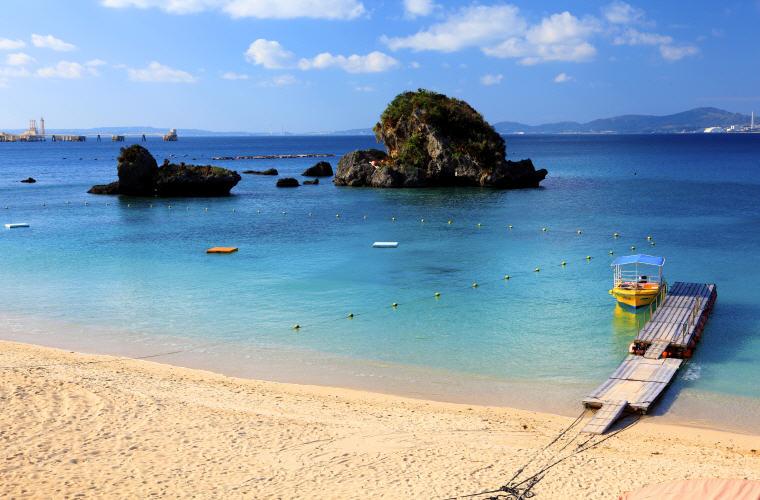Ikei Beach, Uruma, Okinawa