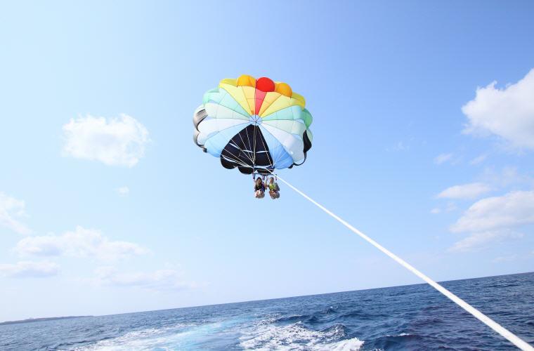 Parasailing in Okinawa