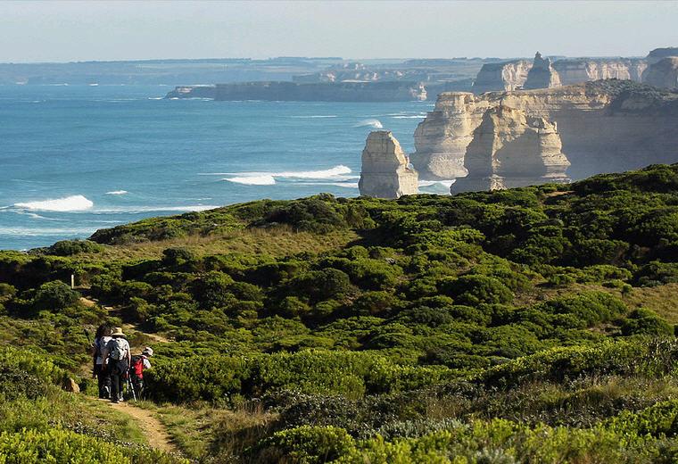 Hike, Great Ocean Road, VIC, Photo credit: Twelve Apostles Lodge Walk