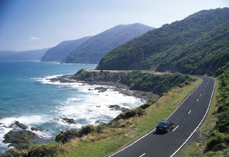 Self drive, Great Ocean Road, VIC, Photo credit: Tourism Australia