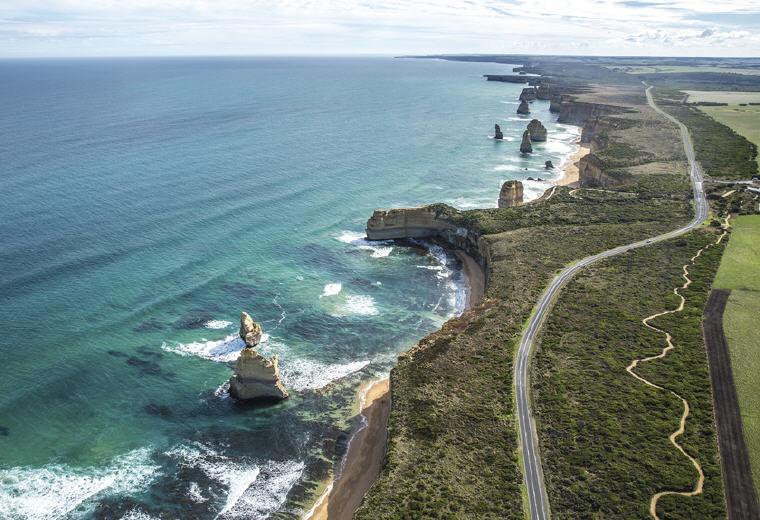 Twelve Apostles, Great Ocean Road, VIC, Photo credit: Tourism Australia