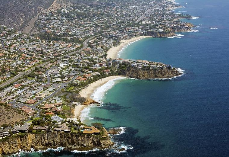 Aerial of North Laguna Beach, California, Credit: Don Ramey Logan, Wikipedia, Top domestic summer vacation destinations U.S. 2017