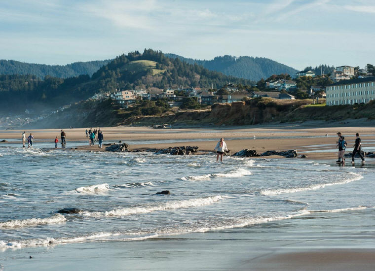 Explore the 7.5 miles of beach in Lincoln City, Oregon, Credit: Lincoln City, Top domestic summer vacation destinations U.S. 2017