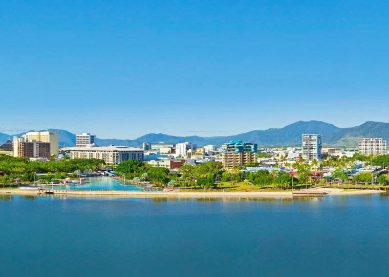 Cairns, Australia, 8 Destinations with the greatest price drop 2016-2017, Photo credit: Wikipedia
