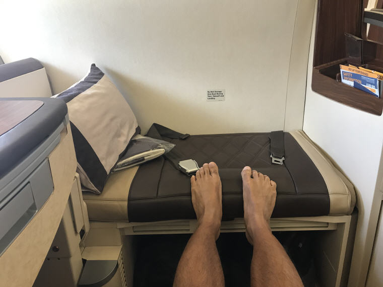 Seat rest, SQ863 A380 Suites Class, Hong Kong – Singapore