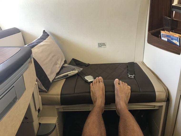 Seat rest, SQ863 A380 Suites Class, Hong Kong – Singapore