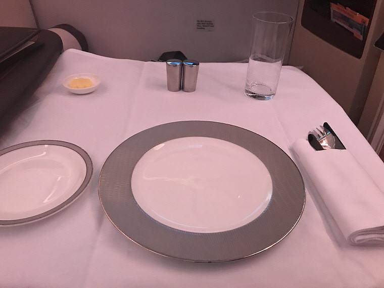 Table Setup, SQ863 A380 Suites Class, Hong Kong - Singapore