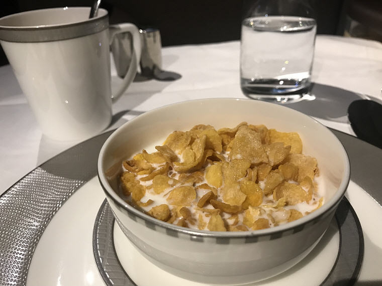 Breakfast cereal, SQ 231 A380 Suites Class Experience
