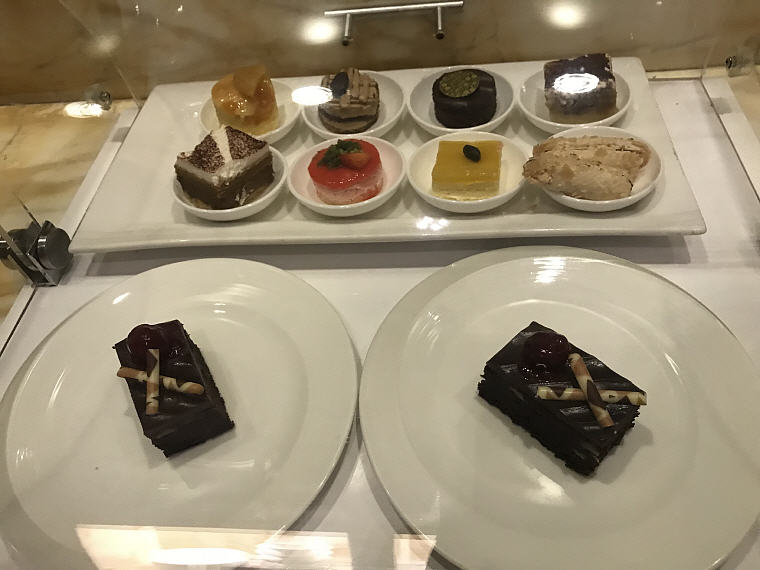 Cake Selections, The Private Room, Changi Airport Terminal 3