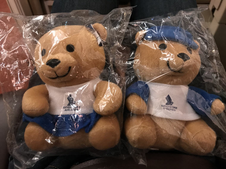 SQ Bears, SQ 231 A380 Suites Class Experience Singapore - Sydney