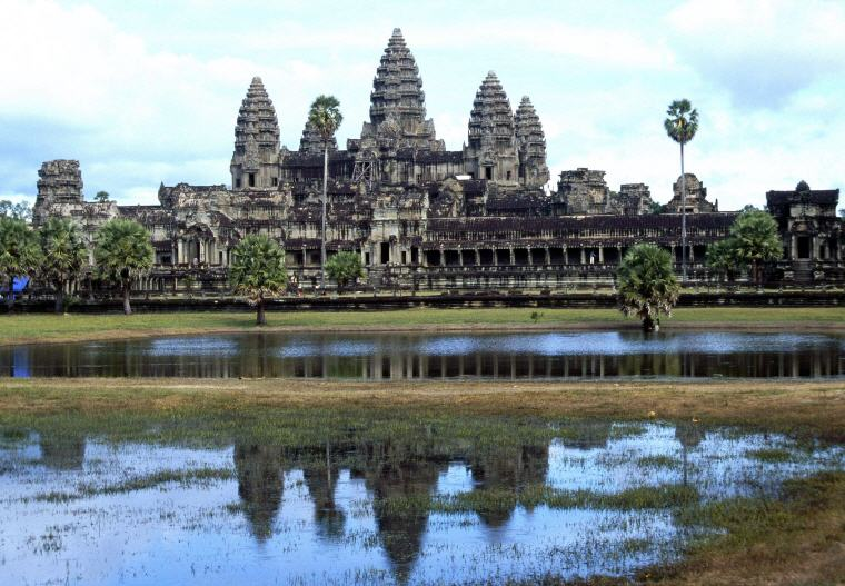 Angkor Wat, Siem Reap, Cambodia, 25 Top Landmarks world 2018, Photo credit: janeb13