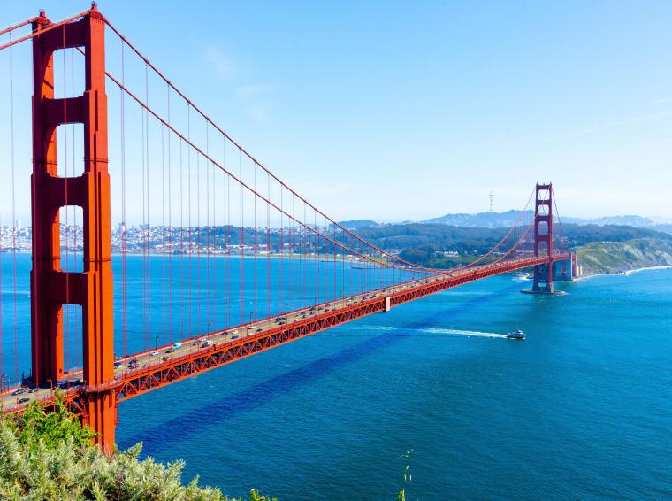 Golden Gate Bridge, San Francisco, California, 25 top landmarks world 2018, Photo credit: chenhengyu