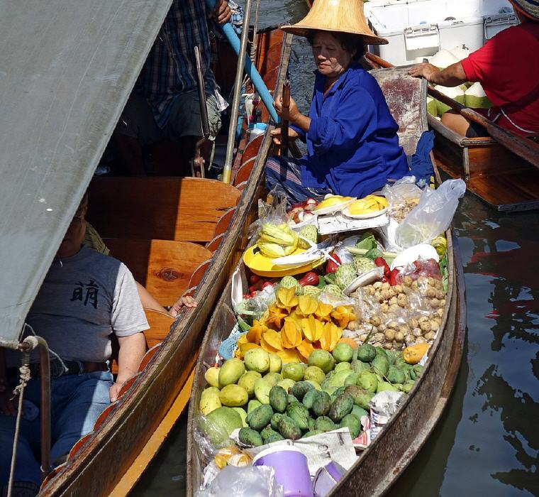 5 Marvelous Floating Markets near Bangkok