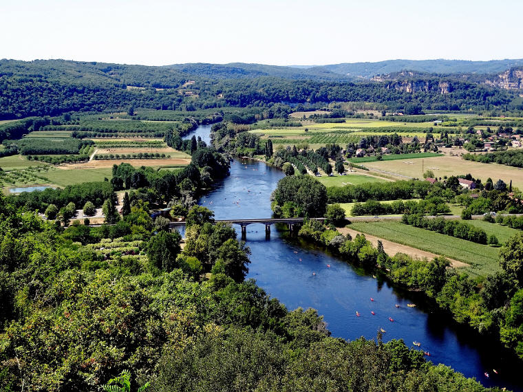 Dordogne River Valley, France Road Trip Guide, 12 European Road Trip Guides