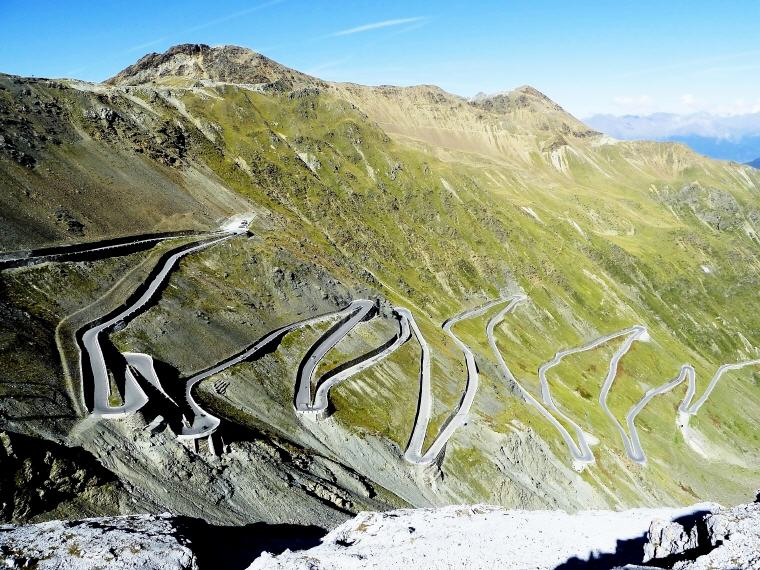 Stelvio Pass, 12 European Road Trip Guides - Drive to Discover Europe